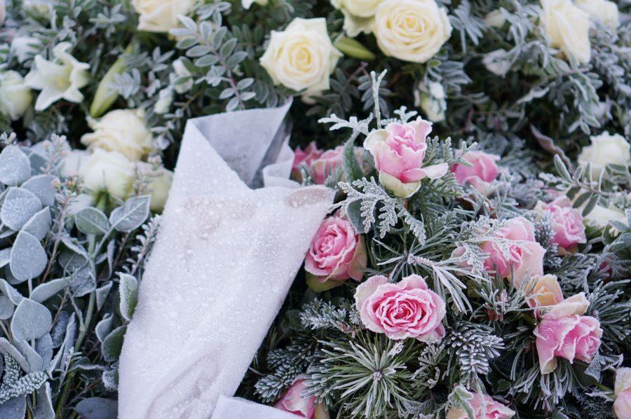 Scopri come trovare una corona funebre online